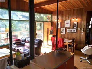 Photo 10: 47325 Schooner Way in PENDER ISLAND: GI Pender Island Single Family Detached for sale (Gulf Islands)  : MLS®# 407226