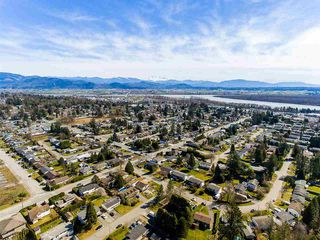 Photo 16: 7699 ROOK Crescent in Mission: Mission BC House for sale : MLS®# R2352929