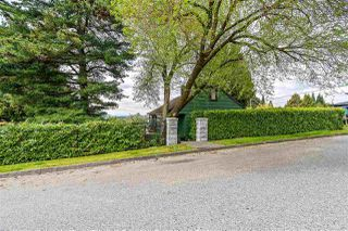 Photo 2: 860 TWENTY THIRD Street in New Westminster: Connaught Heights House for sale : MLS®# R2366449