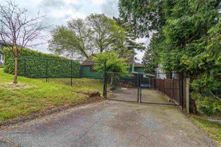 Photo 3: 860 TWENTY THIRD Street in New Westminster: Connaught Heights House for sale : MLS®# R2366449