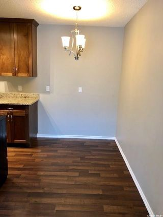 Photo 4: 303 250 Pinehouse Place in Saskatoon: Lawson Heights Residential for sale : MLS®# SK774496