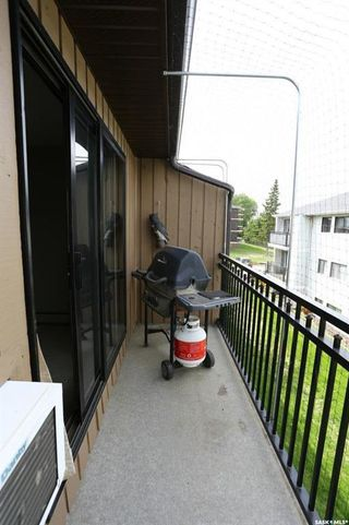 Photo 13: 303 250 Pinehouse Place in Saskatoon: Lawson Heights Residential for sale : MLS®# SK774496
