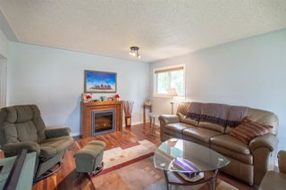 Photo 2: 6307 103A Avenue in Edmonton: Zone 19 House for sale : MLS®# E4160687