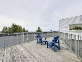 "Photo 19: 311 1341 GEORGE Street: White Rock Condo for sale in ""OCEANVIEW"" (South Surrey White Rock)  : MLS®# R2381098"