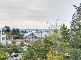 "Photo 18: 311 1341 GEORGE Street: White Rock Condo for sale in ""OCEANVIEW"" (South Surrey White Rock)  : MLS®# R2381098"