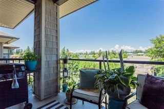 """Photo 9: 401 33338 MAYFAIR Avenue in Abbotsford: Central Abbotsford Condo for sale in """"The Sterling"""" : MLS®# R2384664"""