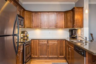 """Photo 3: 401 33338 MAYFAIR Avenue in Abbotsford: Central Abbotsford Condo for sale in """"The Sterling"""" : MLS®# R2384664"""