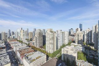 "Photo 3: 2609 977 MAINLAND Street in Vancouver: Yaletown Condo for sale in ""YALETOWN PARK 3"" (Vancouver West)  : MLS®# R2398459"