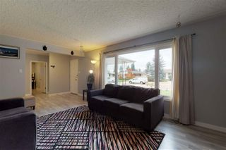 Photo 3: 7012 91 Avenue in Edmonton: Zone 18 House for sale : MLS®# E4172169