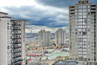Photo 1: 502 814 ROYAL Avenue in New Westminster: Downtown NW Condo for sale : MLS®# R2441272