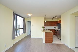 Photo 13: 502 814 ROYAL Avenue in New Westminster: Downtown NW Condo for sale : MLS®# R2441272