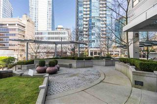 """Photo 16: 1205 1420 W GEORGIA Street in Vancouver: West End VW Condo for sale in """"GEORGE"""" (Vancouver West)  : MLS®# R2478970"""