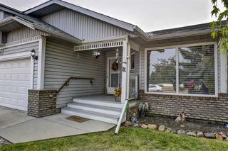 Photo 4: 707 HIGH COUNTRY Drive NW: High River Detached for sale : MLS®# A1035309