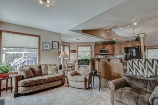 Photo 14: 707 HIGH COUNTRY Drive NW: High River Detached for sale : MLS®# A1035309