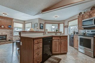 Photo 7: 707 HIGH COUNTRY Drive NW: High River Detached for sale : MLS®# A1035309