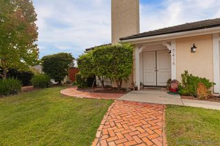Photo 2: CARLSBAD SOUTH House for sale : 3 bedrooms : 7415 Carlina St in Carlsbad