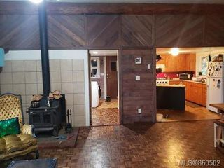 Photo 8: 618 Heriot Bay Rd in : Isl Quadra Island House for sale (Islands)  : MLS®# 860502