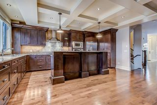 Photo 11: 2134 3 Avenue NW in Calgary: West Hillhurst Semi Detached for sale : MLS®# A1051190