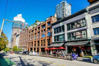 "Photo 33: B1 518 BEATTY Street in Vancouver: Downtown VW Condo for sale in ""Studio 518"" (Vancouver West)  : MLS®# R2528416"