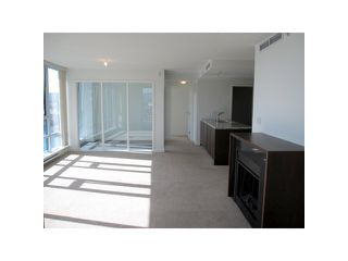"Photo 4: 1203 918 COOPERAGE Way in Vancouver: False Creek North Condo for sale in ""MARINER"" (Vancouver West)  : MLS®# V874326"