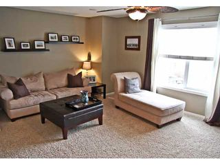 Photo 9: 121 MCKENZIE TOWNE Gate SE in CALGARY: McKenzie Towne Townhouse for sale (Calgary)  : MLS®# C3465958
