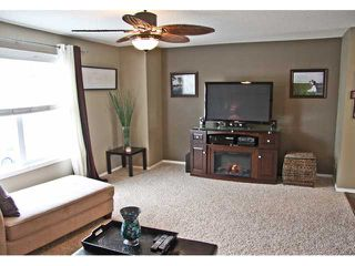 Photo 10: 121 MCKENZIE TOWNE Gate SE in CALGARY: McKenzie Towne Townhouse for sale (Calgary)  : MLS®# C3465958
