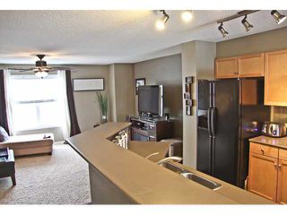 Photo 6: 121 MCKENZIE TOWNE Gate SE in CALGARY: McKenzie Towne Townhouse for sale (Calgary)  : MLS®# C3465958