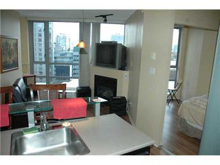 "Photo 5: 810 501 PACIFIC Street in Vancouver: Downtown VW Condo for sale in ""THE 501"" (Vancouver West)  : MLS®# V881976"