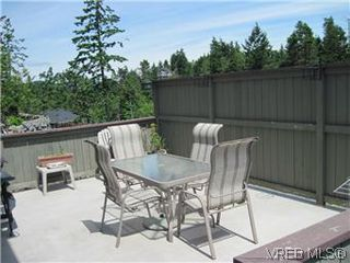 Photo 2: 614 McCallum Road in VICTORIA: La Thetis Heights Single Family Detached for sale (Langford)  : MLS®# 294733