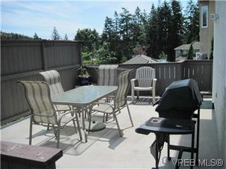 Photo 3: 614 McCallum Road in VICTORIA: La Thetis Heights Single Family Detached for sale (Langford)  : MLS®# 294733