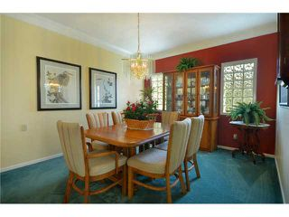 "Photo 3: 1904 ALDERLYNN Drive in North Vancouver: Westlynn House for sale in ""WESTLYNN"" : MLS®# V900974"