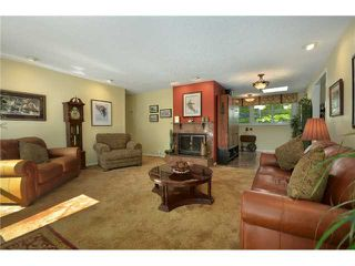 "Photo 2: 1904 ALDERLYNN Drive in North Vancouver: Westlynn House for sale in ""WESTLYNN"" : MLS®# V900974"