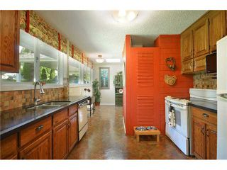 "Photo 4: 1904 ALDERLYNN Drive in North Vancouver: Westlynn House for sale in ""WESTLYNN"" : MLS®# V900974"