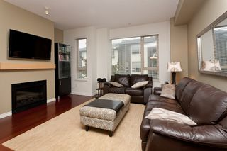 """Photo 4: 10 9229 UNIVERSITY Crescent in Burnaby: Simon Fraser Univer. Townhouse for sale in """"SERENITY"""" (Burnaby North)  : MLS®# V918055"""