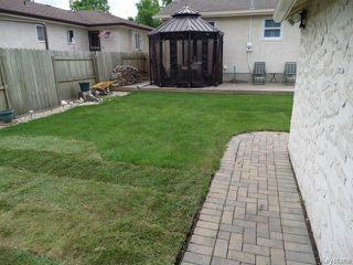 Photo 18: 451 MELBOURNE Avenue in WINNIPEG: East Kildonan Residential for sale (North East Winnipeg)  : MLS®# 1403957