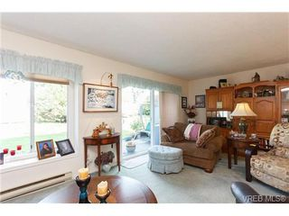 Photo 4: 1 515 Mount View Avenue in VICTORIA: Co Hatley Park Townhouse for sale (Colwood)  : MLS®# 334460