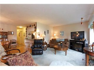 Photo 2: 1 515 Mount View Avenue in VICTORIA: Co Hatley Park Townhouse for sale (Colwood)  : MLS®# 334460