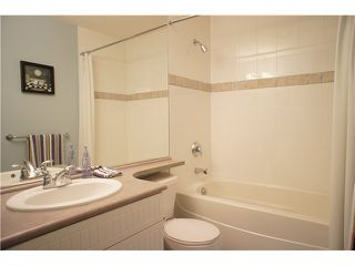 """Photo 15: 208 4238 ALBERT Street in Burnaby: Vancouver Heights Townhouse for sale in """"VILLAGIO"""" (Burnaby North)  : MLS®# V1068687"""