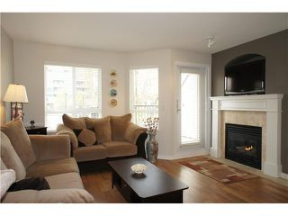"""Photo 4: 208 4238 ALBERT Street in Burnaby: Vancouver Heights Townhouse for sale in """"VILLAGIO"""" (Burnaby North)  : MLS®# V1068687"""