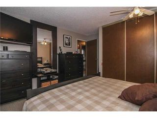 Photo 9: 8 APPLETREE Way SE in Calgary: Applewood Residential Detached Single Family for sale : MLS®# C3638522