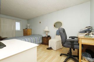Photo 5: 4 Woodward Crest in Ajax: Central House (2-Storey) for sale : MLS®# E3073701