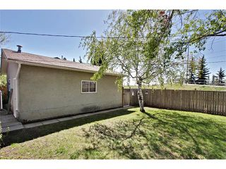 Photo 20: 11303 11 Street SW in Calgary: Southwood House for sale : MLS®# C4013278