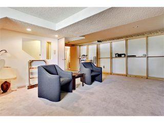 Photo 16: 11303 11 Street SW in Calgary: Southwood House for sale : MLS®# C4013278