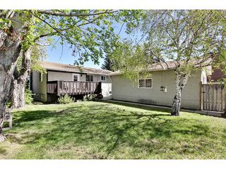 Photo 19: 11303 11 Street SW in Calgary: Southwood House for sale : MLS®# C4013278