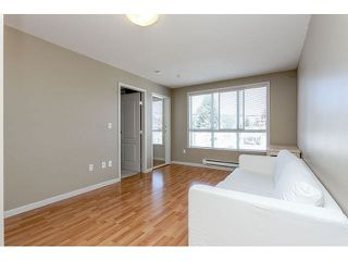 "Photo 3: 302 189 ONTARIO Place in Vancouver: Main Condo for sale in ""Mayfair"" (Vancouver East)  : MLS®# V1132012"