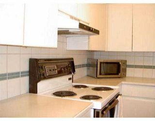 "Photo 5: 204 943 W 8TH AV in Vancouver: Fairview VW Condo for sale in ""SOUTHPORT"" (Vancouver West)  : MLS®# V536722"