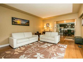 Photo 3: 1552 MARINE Crescent in Coquitlam: Harbour Place House for sale : MLS®# V1139955