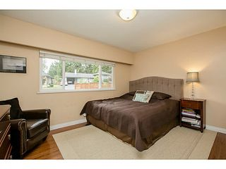 Photo 11: 1552 MARINE Crescent in Coquitlam: Harbour Place House for sale : MLS®# V1139955
