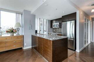 "Photo 5: 806 918 COOPERAGE Way in Vancouver: Yaletown Condo for sale in ""THE MARINER"" (Vancouver West)  : MLS®# R2000227"
