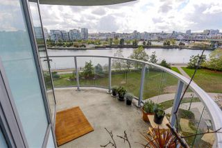"Photo 8: 806 918 COOPERAGE Way in Vancouver: Yaletown Condo for sale in ""THE MARINER"" (Vancouver West)  : MLS®# R2000227"